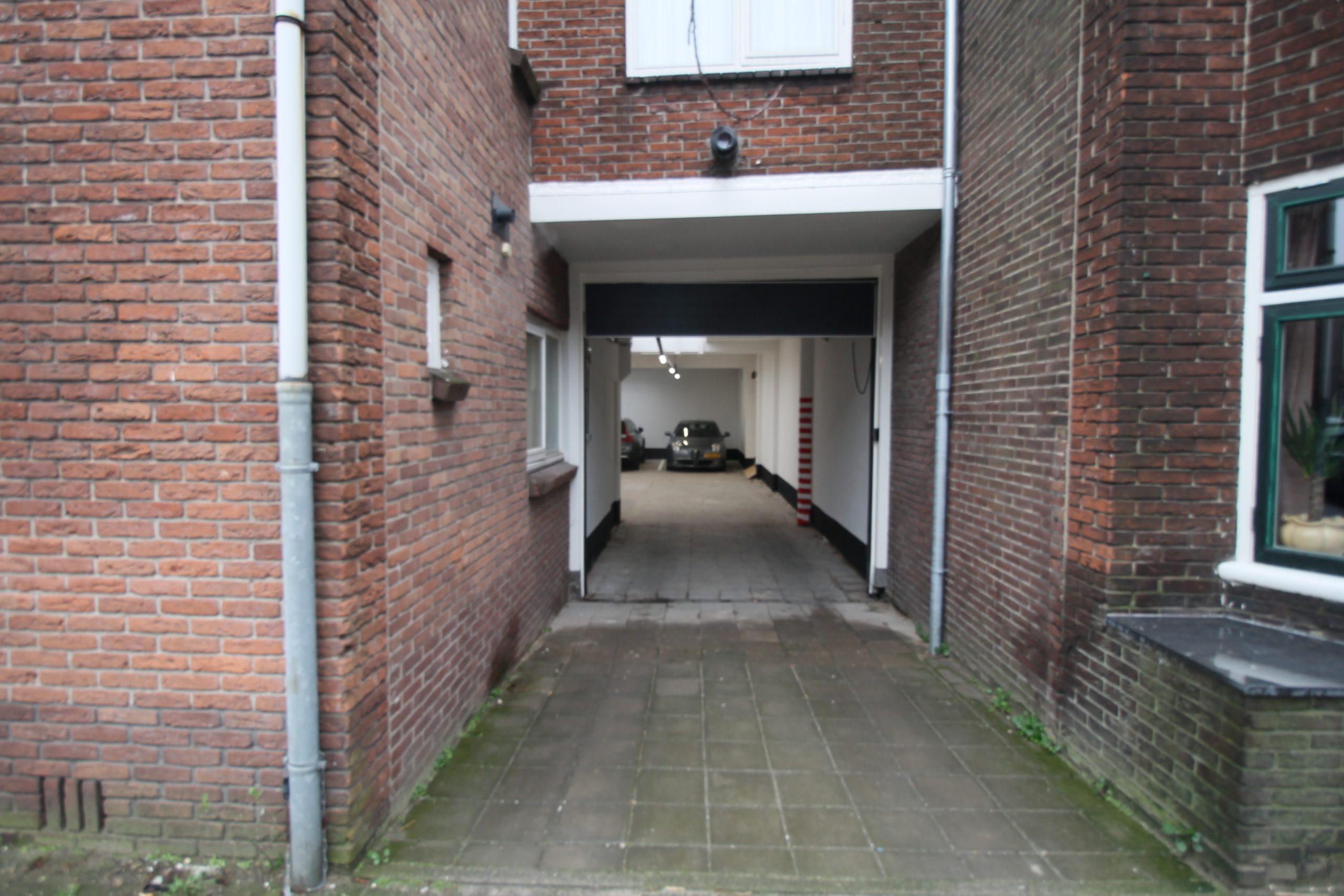 Motor Parkeerplaats Van s'Gravesandestraat 19